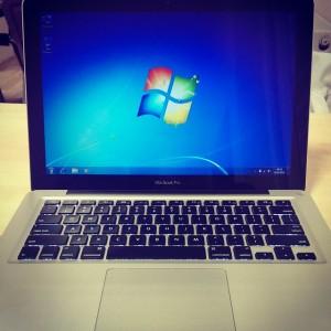 Anladım ki Windows öyle kolay bırakılamıyormuş :-/ #windows #macbook #macbookpro…