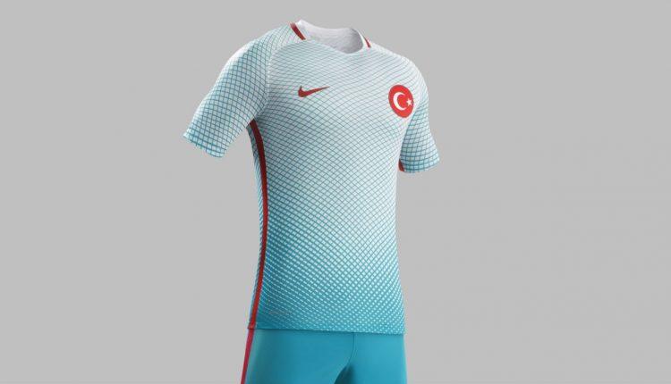 turkiye milli takım forma euro 2016 beyaz turkuaz